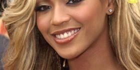 20 forma transformimi të flokëve të Beyonce-t