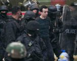 Albin Kurti jashtë territorit të Kosovës, Gjykata pritet të lëshojë urdhërarrest