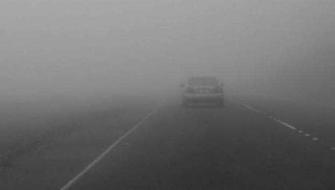 Kujdes në komunikacion mjegull dhe ngrica të dobëta