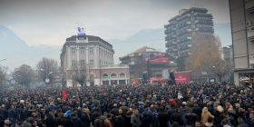 A e përkrahni protestën e opozitës me 14 maj?