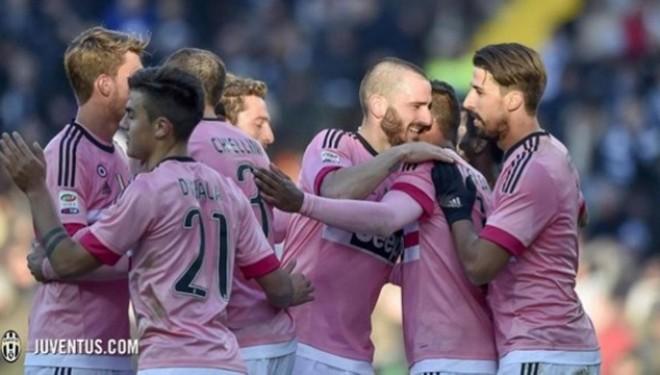 Largohet nga Barcelona, transferohet në Juventus