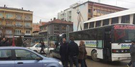 Edhe 10 autobusë nga Ferizaj nisën në Prishtinë, për protestë