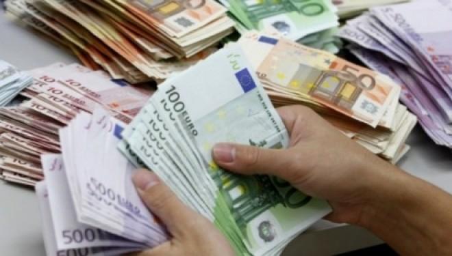 Pandemi ishte, por bankat në Kosovë dhanë kredi 40 milionë euro