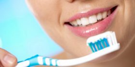 16 përdorime alternative të brushës së dhëmbëve