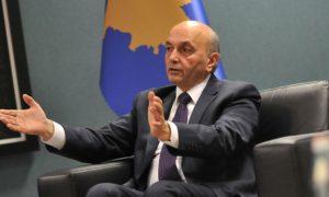 Jep dorëheqje këshilltari i kryeministrit Mustafa! (Foto)