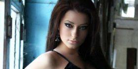 Ronela Hajati shfaqet e pagrimuar (FOTO)