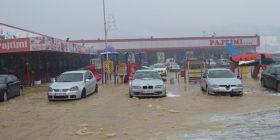Vërshime të mëdha në Malishevë, bllokohet rruga Malishevë-Duhël