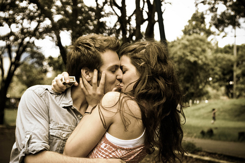 Couples-3-love-17909707-500-333