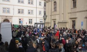 Evropë: Protesta kundër migrantëve dhe myslimanëve