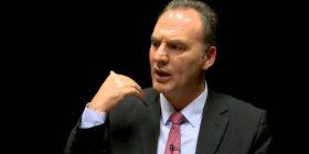 Limaj: Dështimi i Mustafës e bëri Hotin kandidat për kryeministër