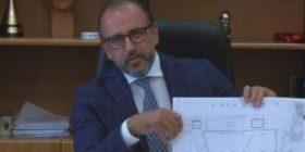 Për kryebashkiakun Leli, Vlora zgjon interesin e vizitorëve edhe si kantier ndërtimi! (VIDEO)