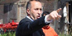 Ramush Haradinaj, 'rrahet' me boksa (Foto)