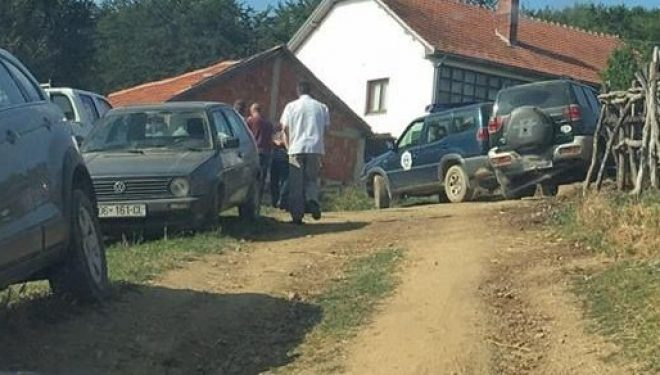 Vëllezërit përleshen për vdekje për një stallë në Kaçanik (Foto)