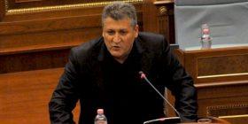 Policia i reagon Zafir Berishës
