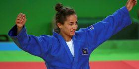 KOK-u shënon 1-vjetorin e medaljes së artë olimpike me ceremoni