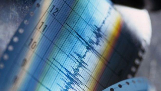 Një tërmet i ri është regjistruar mbrëmë në Shkup