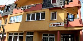 Trusti thotë se humbja e 85 milionë eurove nuk është shqetësuese
