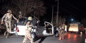 Pakistan, nga sulmi i militantëve së paku 58 persona të vrarë