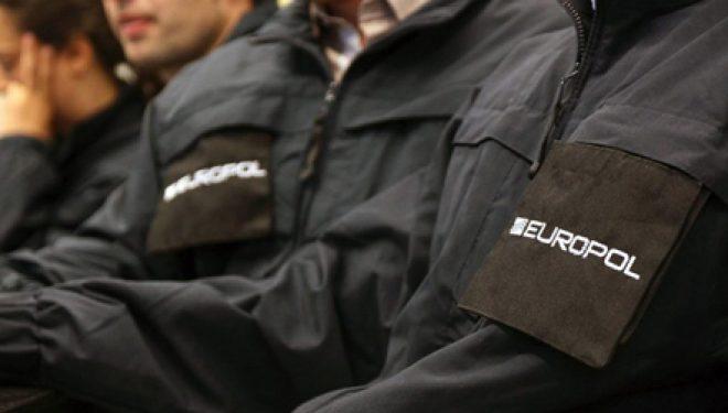 Hashashi, kontrolle në kufi. FNSH del në aksion në gjithë vijën bregdetare (Video)