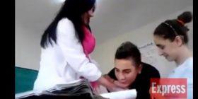 Mësuesja shqiptare kokë më kokë me nxënësin: Lëshoje, lëshoje… (VIDEO)
