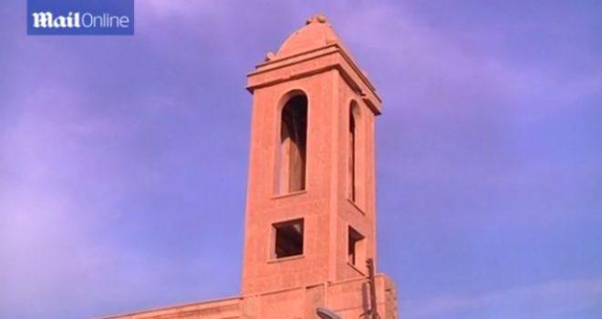 Për herë të parë pas 2 viteve bien kambanat e kishës në Irak (Video)
