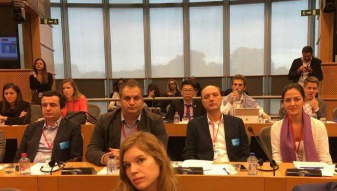VV nga Brukseli kërkon zgjedhje në Kosovë