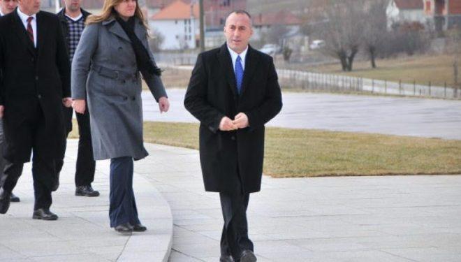 Pas Medës, një tjetër këngëtar shan Francën për Haradinajn (Video)