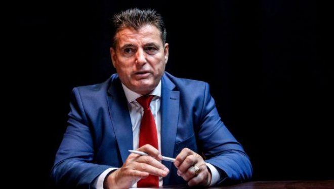 Bahtiri akuzon nipin e Kadri Veselit se tentoi ta pengojë në hapjen e një shkolle në Mitrovicë