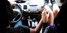 Kënaqësi e papërshkrueshme me taksistin