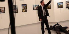 Vritet ambasadori rus në Turqi (Video)
