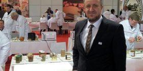 Biznesmeni kosovar që ua dha punëtorëve pagën e 13-të