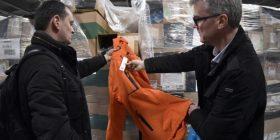 Afaristi shqiptar fiton ankandin: Gjysmë milion palë rroba për 250 mijë franga (Foto)