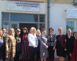 Jahjaga promovon produktet artizanale të grave në Drenas