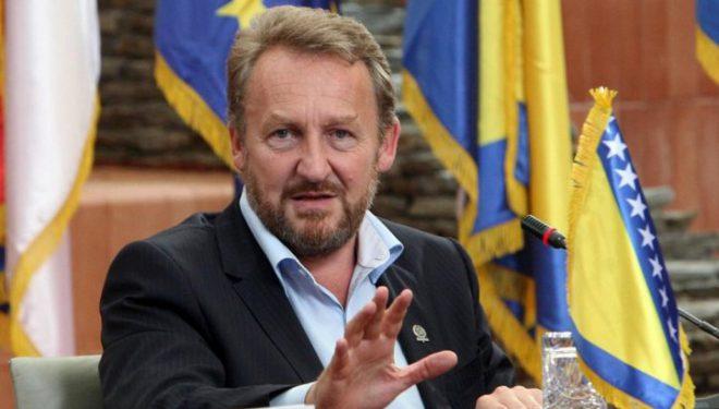Bakir Izetbegoviç: Bosnja, jo si kompensim për Serbinë pas humbjes së Kosovës