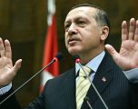 """Erdogan thotë se """"do ta ndryshojë lojën"""" ndaj sanksioneve që dobësuan ekonominë"""