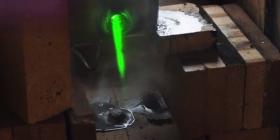 Britania prezanton laserin që shkrinë granatat e ndan aeroplanët në gjysmë (Video)