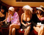 Brenda shtëpive publike, ku gratë lanë profesionet që të bëheshin prostituta (Foto)