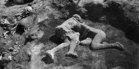 E kemi ditur gabim, nuk ishin dy femra por dy meshkuj të përqafuar në  Pompei