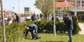 Pastrohen dhjetëra deponi në Drenas në ditën ndërkombëtare të tokës
