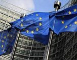 Për zhvillimin e prodhimit të baterive për automjete BE ndan 3.2 miliardë euro