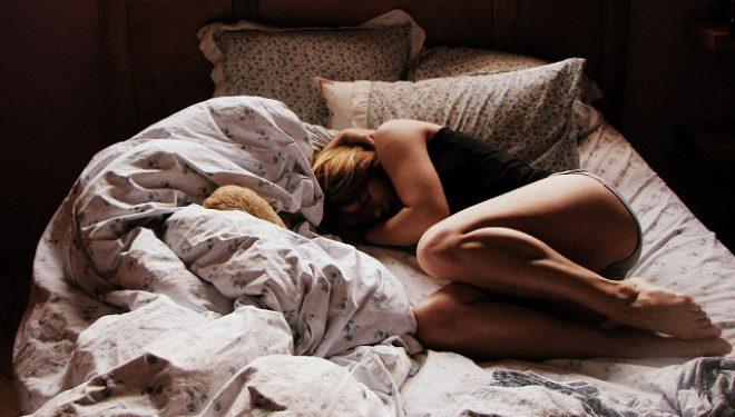 RRËFIM: Kunati vjen në shtrat dhe e bën sa herë që don me mua…