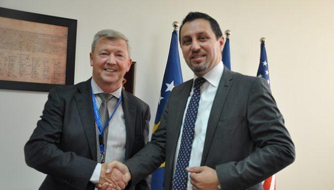 BE mbështet Kosovën në luftën kundër terrorizmit