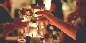 Kjo është e veçanta e çifteve që konsumojnë alkool bashkë
