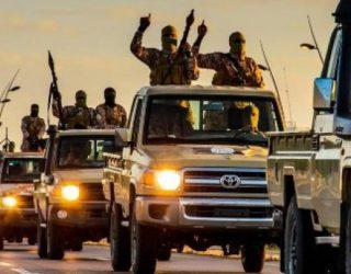 ISIS-i rrethohet në bastionin e tij kryesor