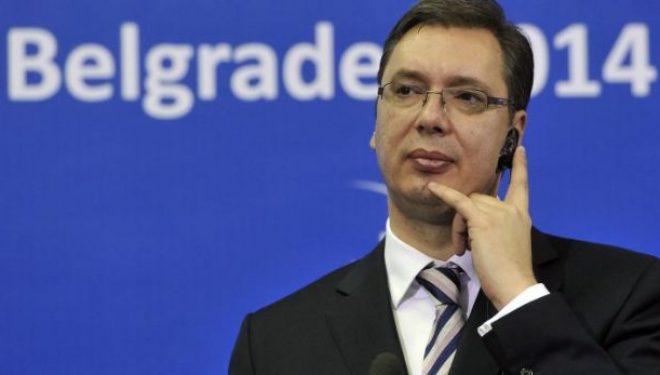 Para se të nisej për Bruksel, Vuçiqi kishte komentuar Thaçin – VV-ja do arrestimin e presidentit si të kthehet në Kosovë