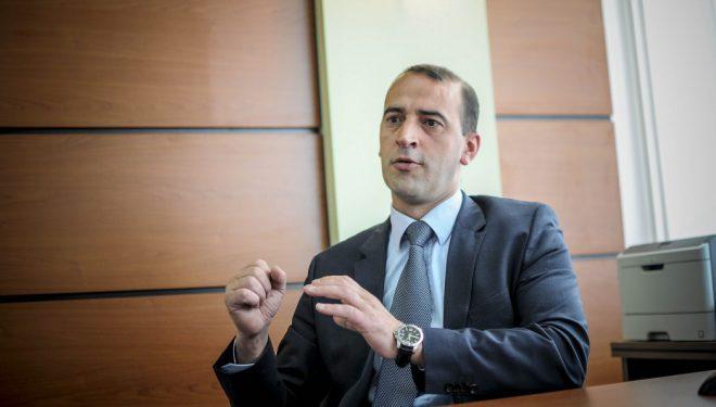 Shefi grupit parlamentar i AAK'së, Daut Haradinaj, fajin ia hedh Lëvizjes Vetëvendosje