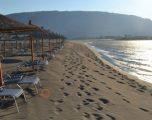 Një 35 vjeçar nga Prishtina mbytet në Velipojë, hyri për të shpëtuar gruan