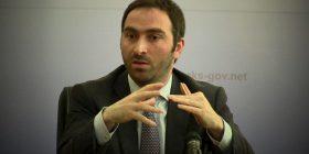 Blerand Stavileci tallet me rrahjet në kuvendet zgjedhore të LDK'së