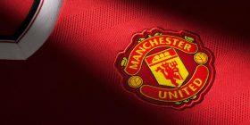 Mbrojtësi i United në radarin e Palace