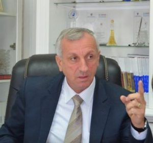 Ish-kryetari i Gjilanit sulmon PDK-në, thotë se i ndihmoi tinëz Hazirit të bëhet kryetar